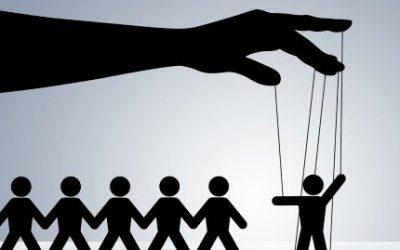 Erős kontroll = bizalmatlanság?